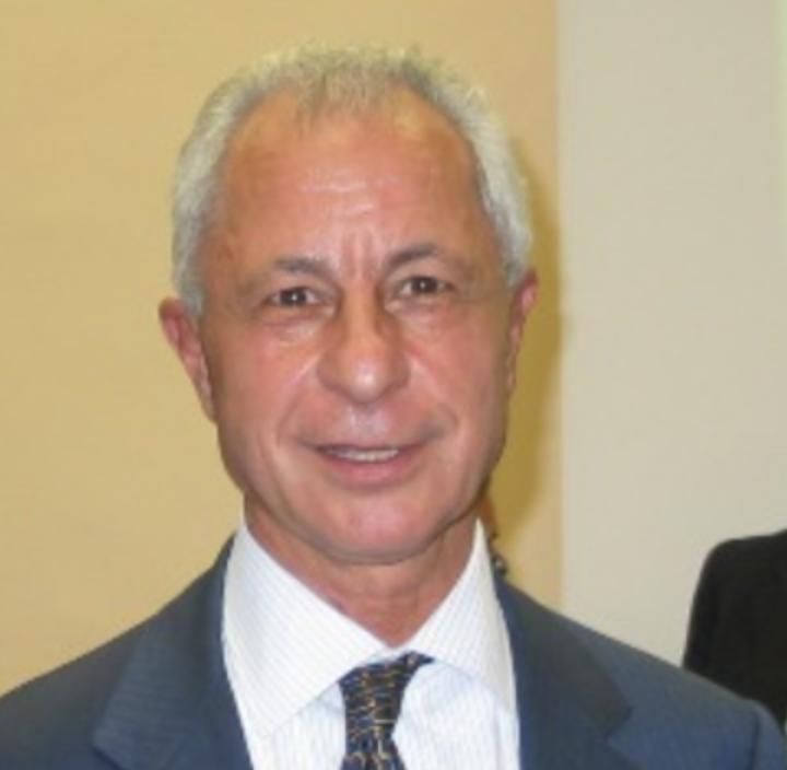 Professore Roberto Aguiari Università